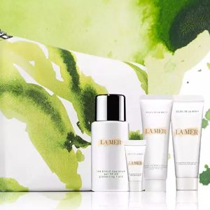 Enjoy a sample duo of The Concentrate and The Moisturizing Gel Cream with any online purchase