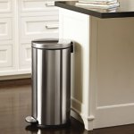 simplehuman Round Step Trash Can, Fingerprint-Proof Brushed Stainless Steel, 30 Liters /8 Gallons