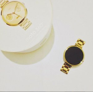 顶级气质商务表!低至$169.99Motorola Moto 360 第二代 金色钢带 42mm 智能手表