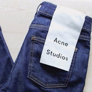 Up to 50% Off + Up to An Extra 20% OffAcne Studios Clothes Sale @ Barneys Warehouse