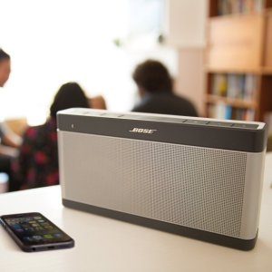 Bose Soundlink Bluetooth Speaker III with Cover