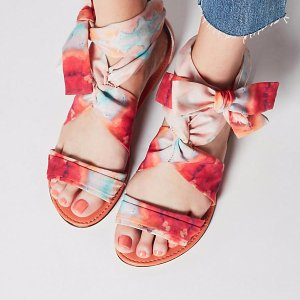 Free Shiping + Extra 30% OffShoe Sale @ anthropologie