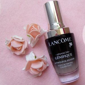 15% off + 5 free samplesWith Advanced Génifique Youth Activating Concentrate Serum @ Lancome