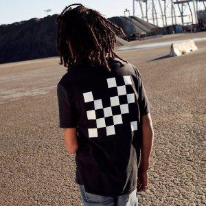 Levi's® Skateboarding™ Graphic Tee | Gothic Checkers Jet Black |Levi's® United States (US)