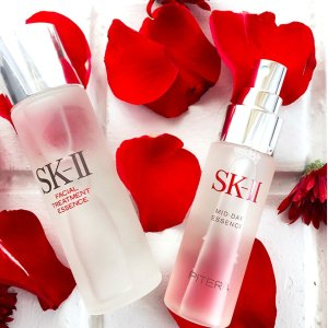 Free 6-pc Mask Setwith Purchase of $250 or More @ SK-II