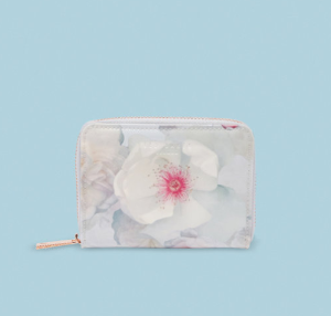 25% OffTed Baker Wallet Sale