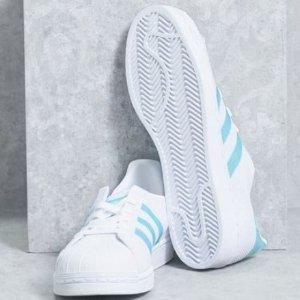 $32adidas Originals Superstar Shoes Women's White Sneakers
