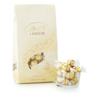 White LINDOR Truffles 75-pc Bag (31.7 oz) | Lindtusa