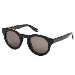 Up to 77% OffSunglasses Sale @ Century 21