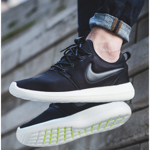 Nike Roshe Two Men's Shoe.