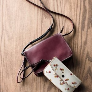 Extended 1 Day! Up to $300 Gift Cardwith Coach 1941 Handbags Purchase @ Neiman Marcus