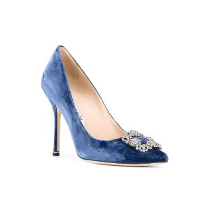 Manolo BlahnikHangisi pumps