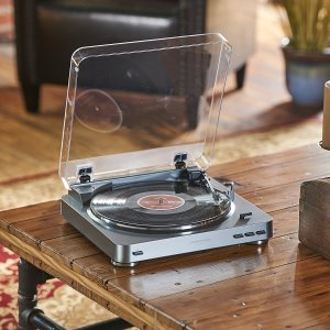 $79Audio Technica AT-LP60 Fully Automatic Stereo Turntable System