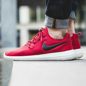 Nike Roshe Two Men's Casual Shoes Red
