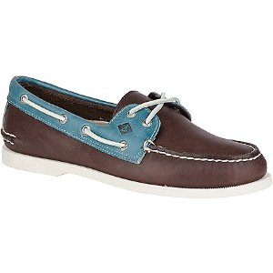 Men's Authentic Original 2-Eye Cross Lace Boat Shoe - Men's Clearance | Sperry