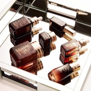 receive a free 7-pc giftwith $45 ANR purchase @ Estee Lauder