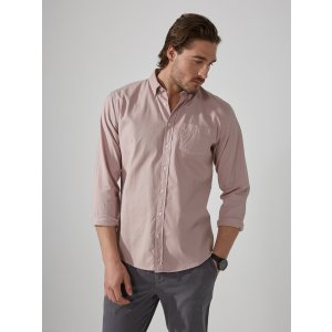 Garment-Dyed Lightweight Oxford Shirt in Antique Pink | Frank And Oak