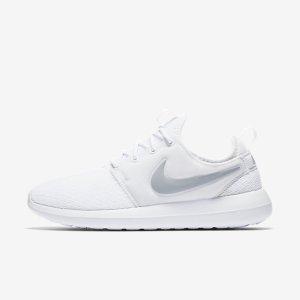 Nike Roshe Two Women's Shoe. Nike.com