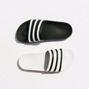 Extra 30% Off Slides @ adidas