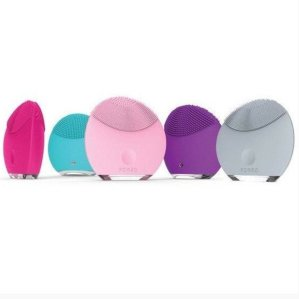20% Off on FOREO LUNA mini 1 in Petal Pink or Magenta @ AskDerm