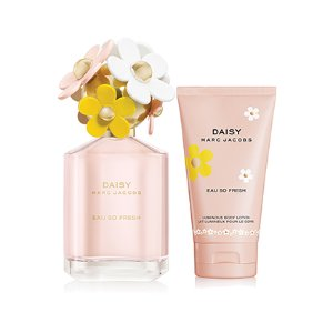 Daisy Eau So Fresh For Women By Marc Jacobs Gift Set - Women's Perfume at Perfumania.com