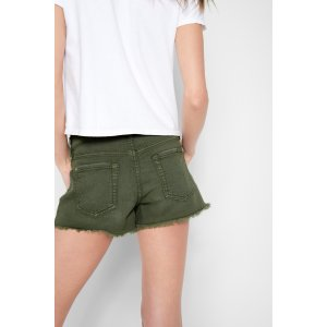 Cutt Off Short in Olive - 7FORALLMANKIND