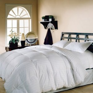 Hotel Grand Oversized 500 Thread Count Damask Stripe White Down Comforter | Overstock.com Shopping - The Best Deals on Down Comforters