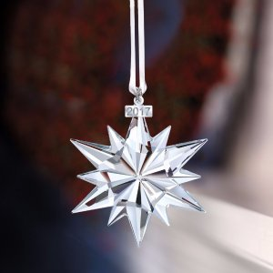 $39SWAROVSKI Annual Edition 2017 Christmas Ornament