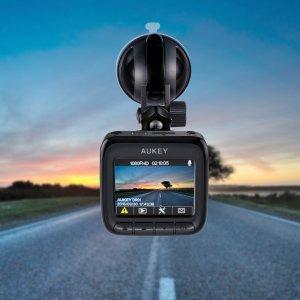 $49.99 (原价$104.99)销量冠军:AUKEY DR01 1080P 170° 夜视 行车记录仪