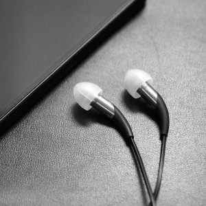 Klipsch X11 Noise Isolation Audiophile In-Ear Headphones