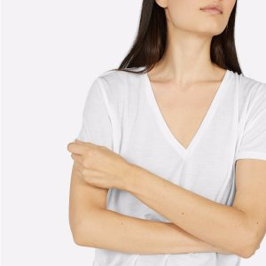 Up to 40% OffSale @ Everlane