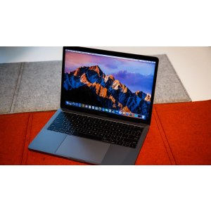 Save $150 on Macbook Pro + Student Dicount