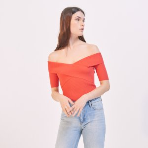 Up To 50% Off + Extra 20% Offthe Off-the-Shoulder Items Sale @ Sandro Paris