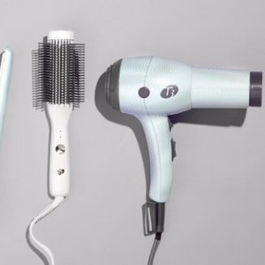 Up to 67% OffT3 Hair Tools @ Hautelook