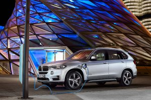 Not Only Luxury But Also Sporty2017 BMW X5