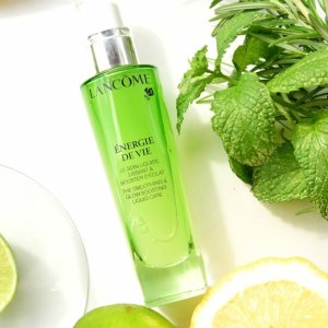Up to $25 Off+ 2 Deluxe Samples of Energie de Vie Liquid Care gentle moisturizerWith any Energie De Vie Purchase @ Lancôme