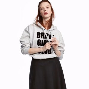 Up to 60% OffH&M Woman Tops Sale @ H&M