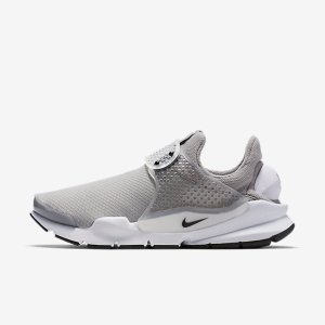 Nike Sock Dart Women's Shoe.