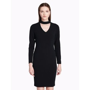 choker v-neck sheath dress