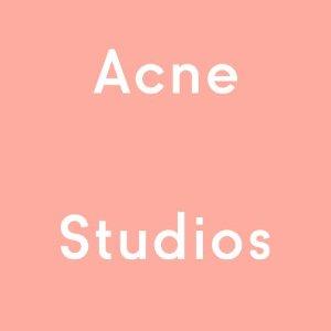 低至5折起Acne Studios 特卖会,你们最爱的经典笑脸羊毛围巾最低$234收!