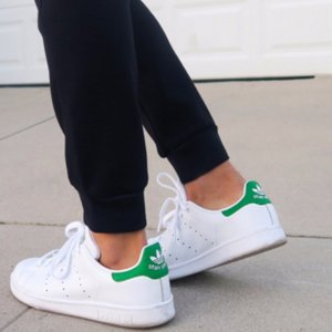 40% OffSelect Stan Smith Sneakers @ adidas
