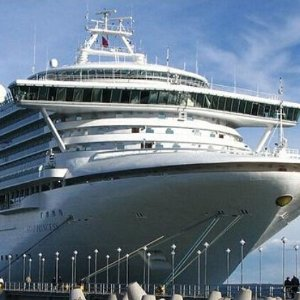 $549+7-night Glacier Southbound Cruise from Whittier to Vancouver