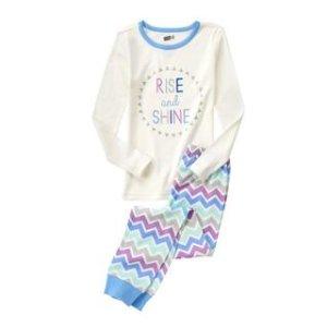 Rise And Shine 2-Piece Pajama Set at Crazy 8