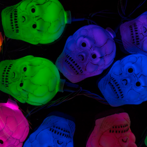 10 Count Color Changing Antique Cracker Skull Halloween String Lights 11.5 Feet - Monoprice.com
