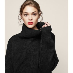 Monica Cable-Knit Jumper - REISS
