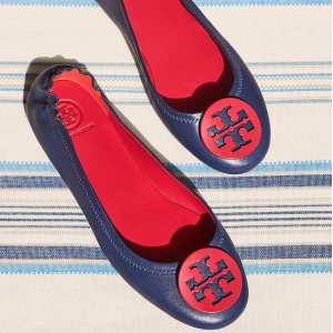 Up to 30%Minnie Travel Ballet With Logo @ Tory Burch