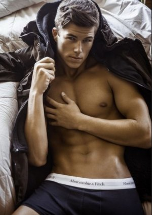 Extra 25% OFFAbercrombie & Fitch Men's Underwear Sale
