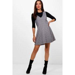 Donna Check Pinafore Dress | Boohoo