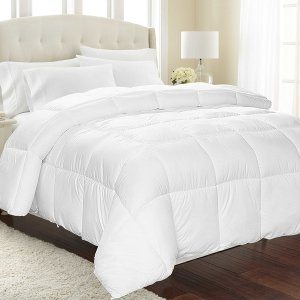 $15Equinox Down Alternative Comforter (Queen, White)