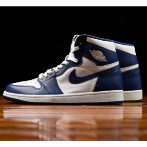 Air Jordan 1 Retro High OG Men's Shoe.